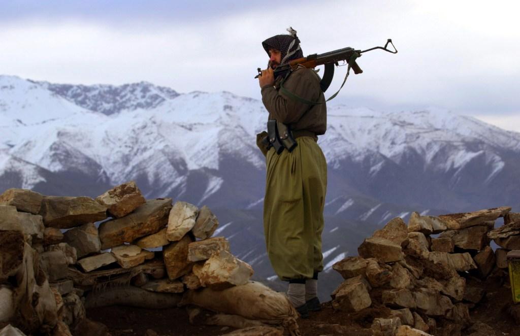 (0 Kurdish fighter