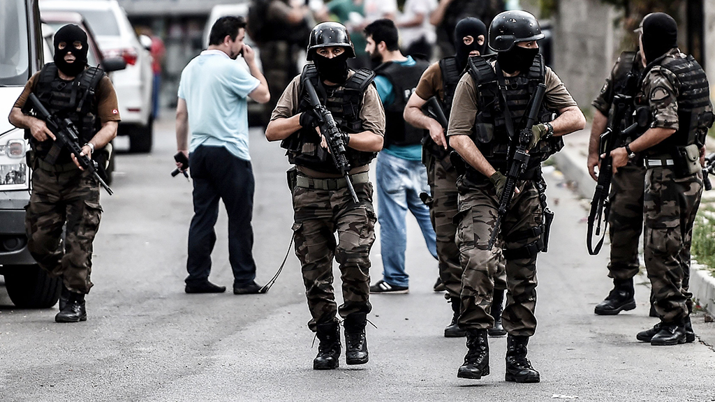Turkish special force police officers ta