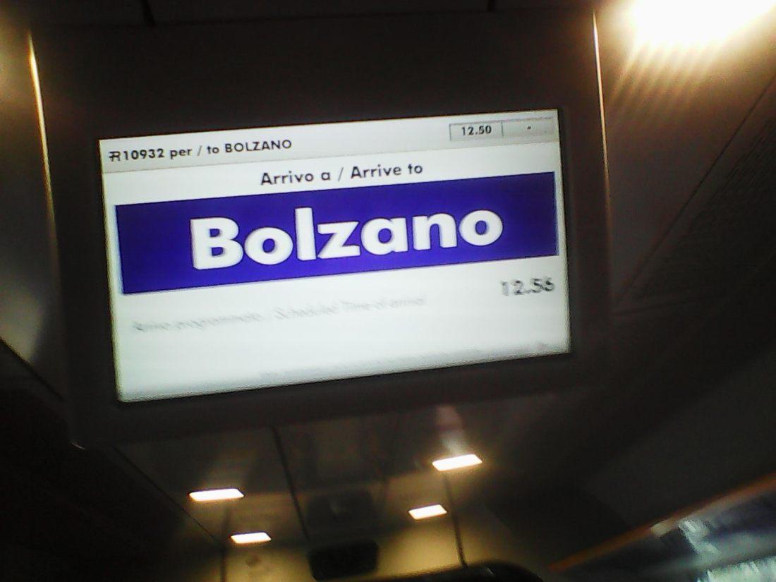 Bildschirm im Zug