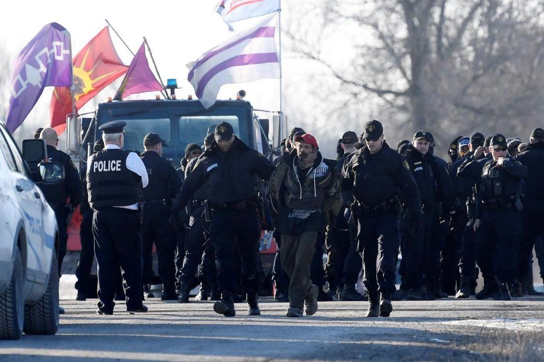 Ontraio-Provincial-Police-mohawk-blockade-CP-Feb.-24-2020-e1582553242280