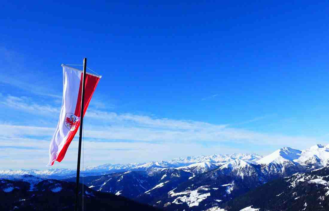 Tiroler Fahne Gebirge